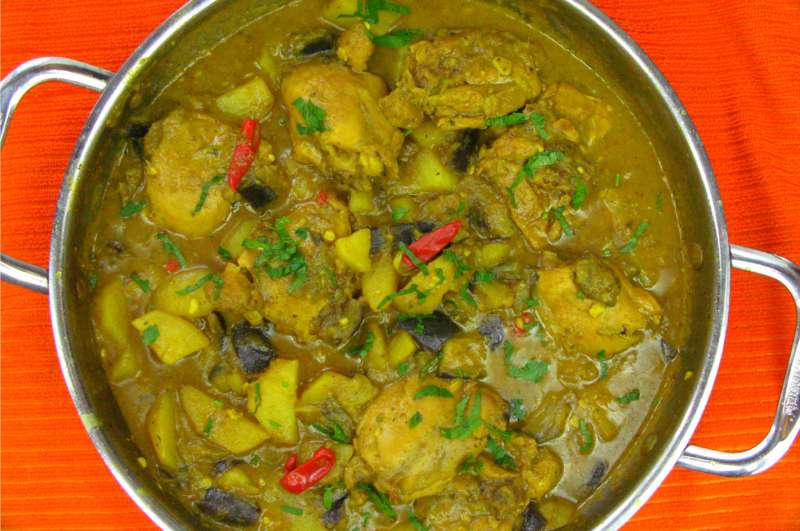 Roast Pork & Chicken Curry